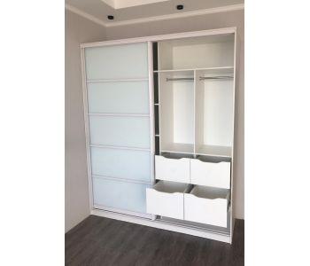 Шкаф купе белый с ящиками
